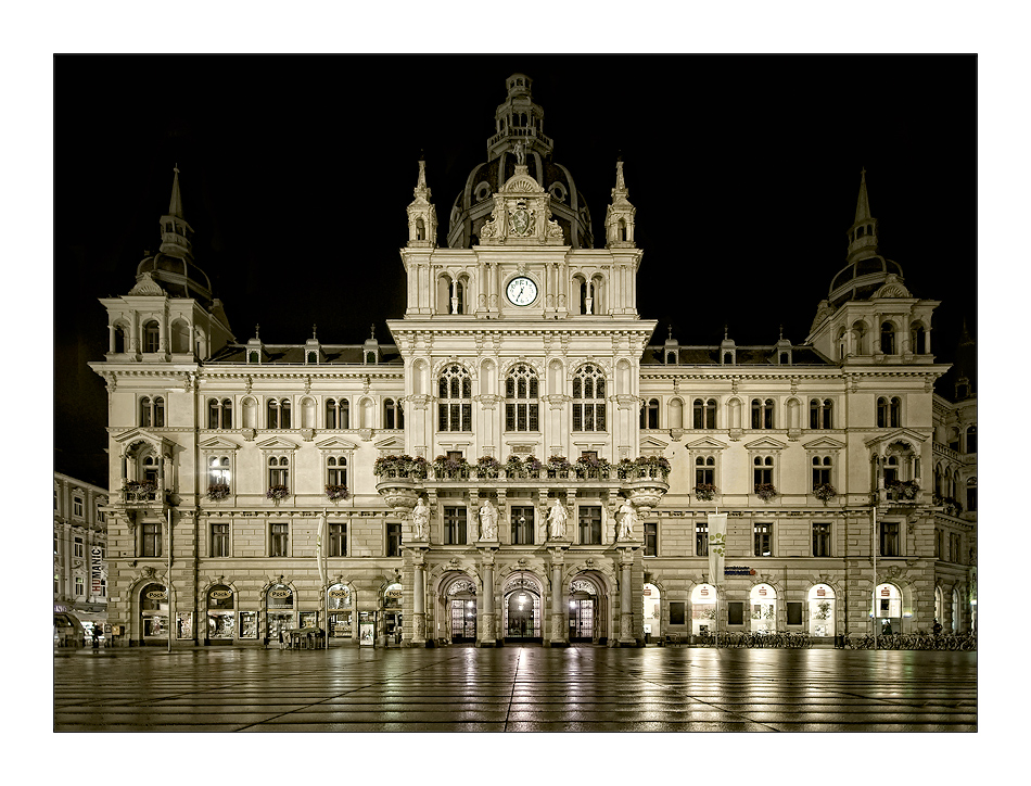 Town Hall Graz, at night